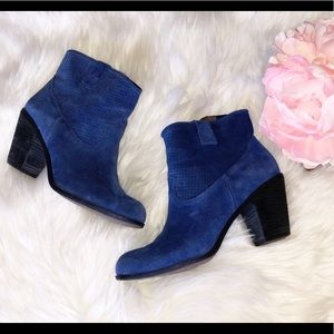 VINCE CAMUTO Blue Suede Perforated Leather Booties